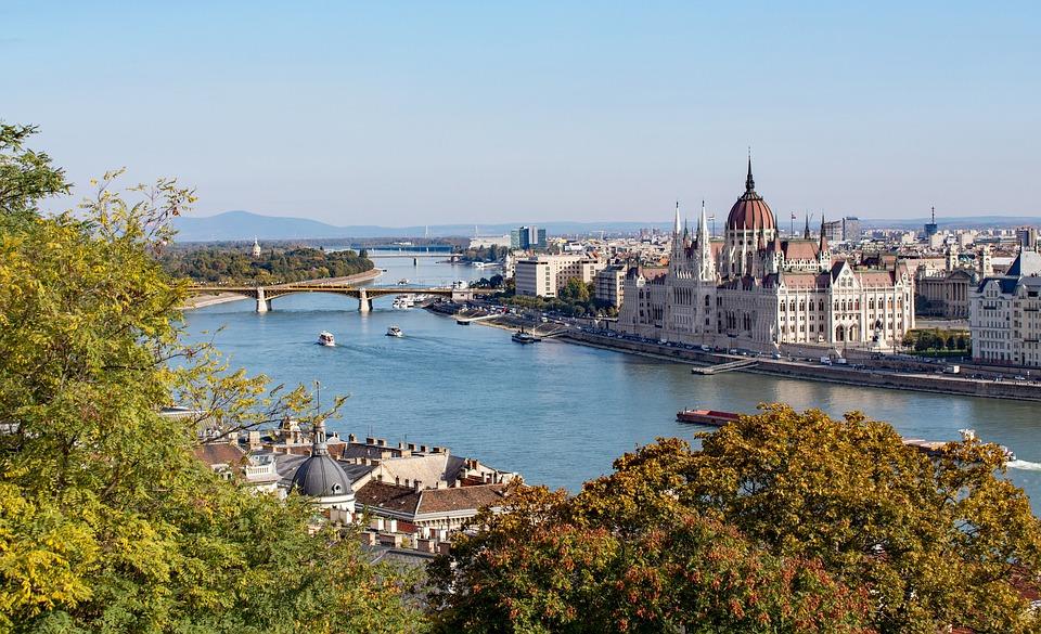 Payer moins cher ses soins dentaires en Hongrie